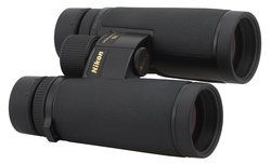 Nikon Monarch HG 10x42 - binoculars' review
